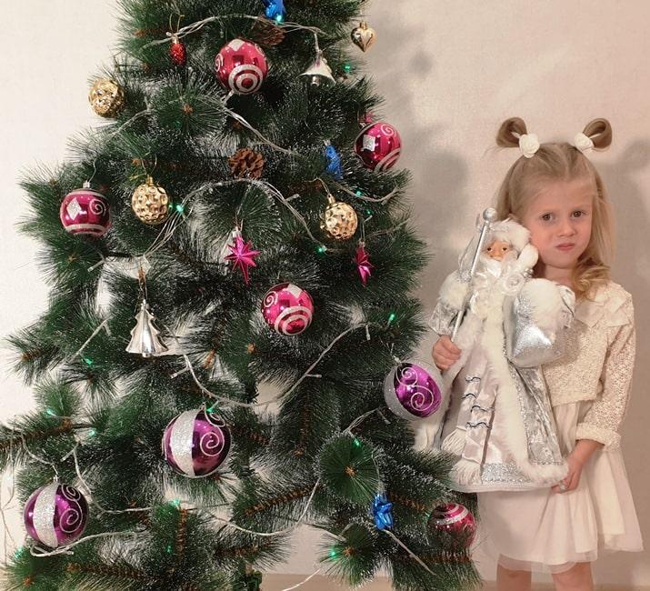 """Новогодние подарки из конфет """"Дедушка Мороз"""""""